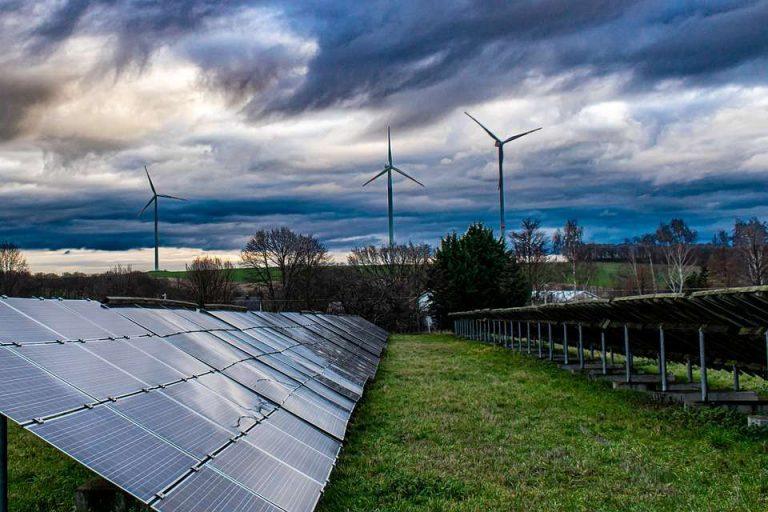 Daniel Lincot : «une économie citoyenne du photovoltaïque est en train de se mettre en place en France»