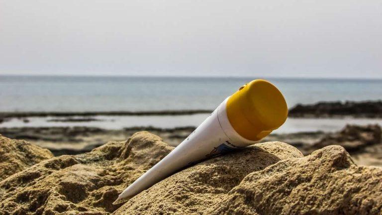 Les Palaos deviennent le premier pays à interdire les crèmes solaires !