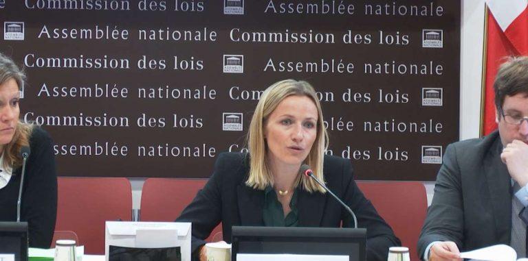 Lutte contre les violences conjugales : les députés veulent aller plus loin