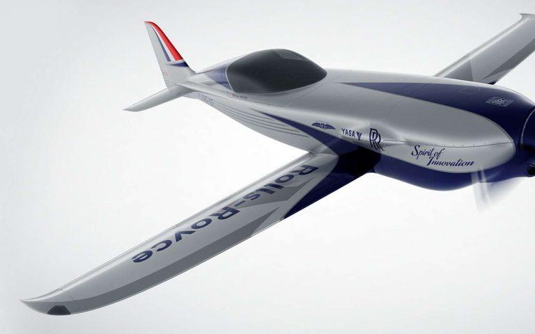 Avion électrique : Rolls-Royce prêt à battre le record du monde de vitesse