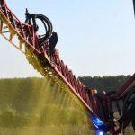 La fronde s'étend contre les distances d'épandage de pesticides décrétées par le gouvernement