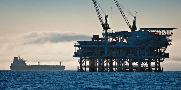 La France met un terme aux forages pétroliers en mer
