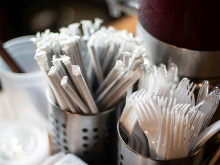 Les démocrates américains veulent responsabiliser l'industrie plastique pour ses déchets