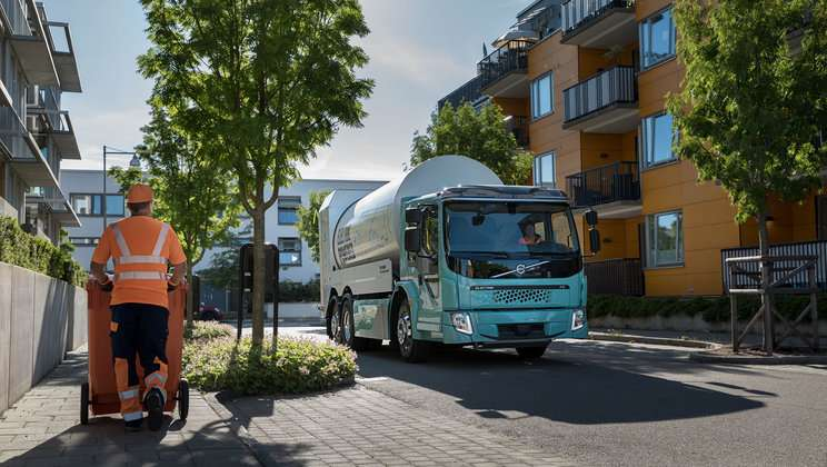 Sales of electric trucks for urban transport | Volvo Trucks
