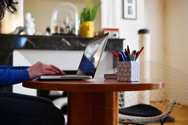 Le télétravail, une source de détresse pour près de la moitié des salariés, selon une étude
