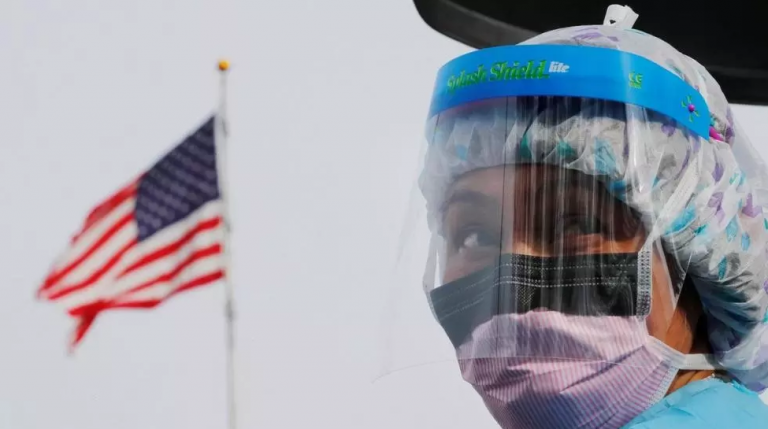 Comment les failles du système de santé américain renforcent le coronavirus