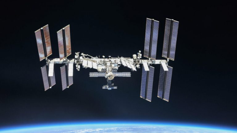 Les débris spatiaux sont un fléau : les USA adoptent de nouvelles règles pour les limiter