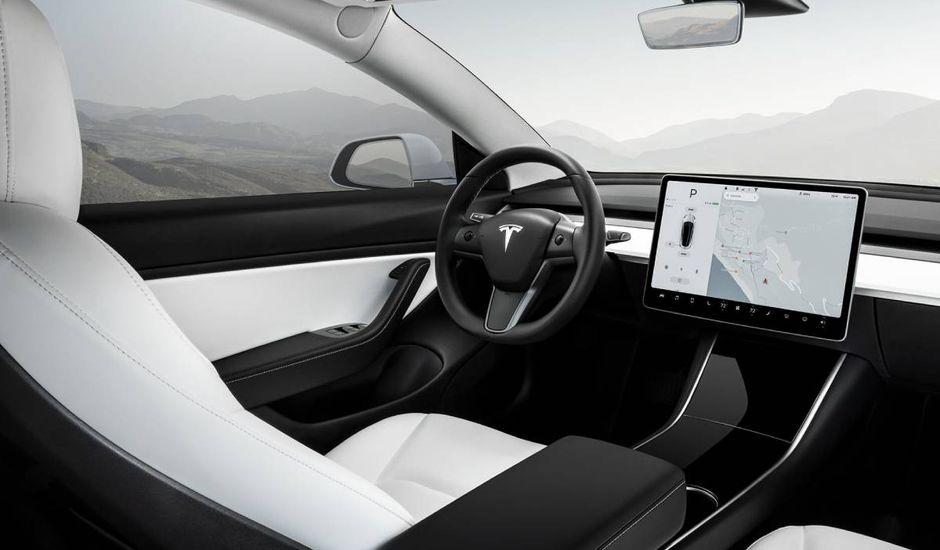 Elon Musk assure que sa flotte de robotaxis sera prête à la fin de l'année