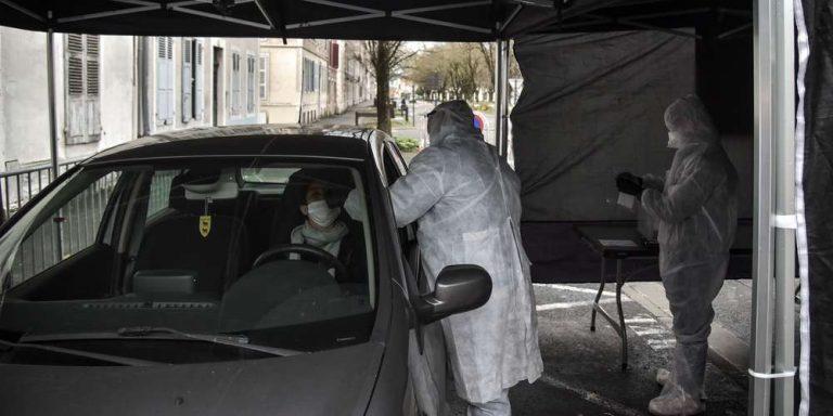 Coronavirus : un automate capable de réaliser 1000 tests par jour à Pau