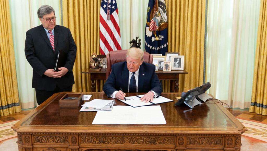 Donald Trump vs Twitter : qu'est-ce que la « section 230 » que le président veut abroger ?