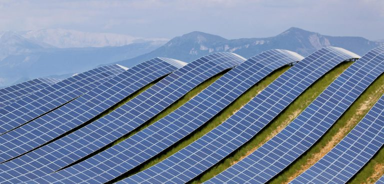 Energie : hétérojonctions, pérovskites et films minces vont rendre le photovoltaïque universel