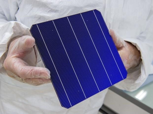 47,1 %, record d'efficacité pour une cellule photovoltaïque à hétérojonction