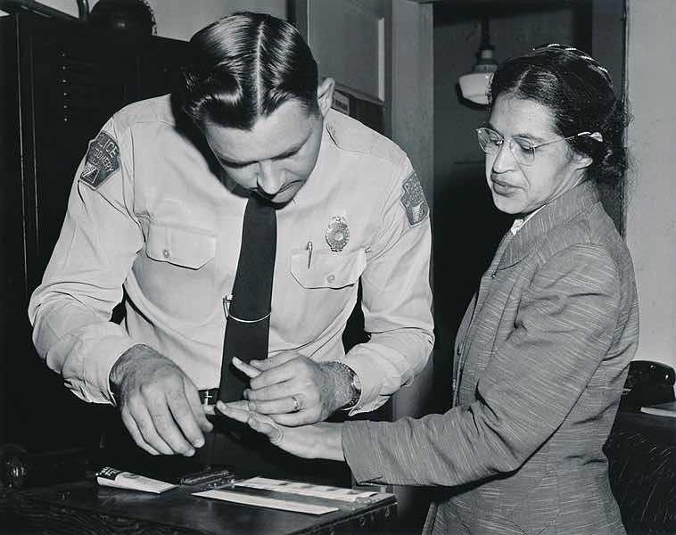 Celles dont on ne parle jamais : Rosa Parks : Il y a 60 ans, elle refusait de céder sa place dans un bus