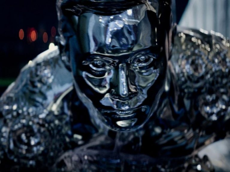 Un métal liquide capable de flotter sur l'eau nous rapproche un peu plus des robots transformables