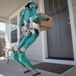 Développé par Ford, le robot de livraison Digit est officiellement commercialisé