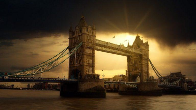 5G : le Royaume-Uni veut une alliance de 10 pays pour contrer les équipementiers chinois comme Huawei