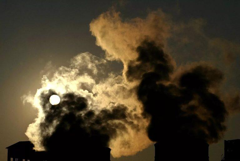 D'ici 2025, l'atmosphère pourrait atteindre un pic de CO2 jamais vu en 3,3 millions d'années