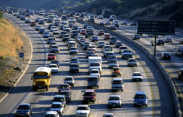 La Californie interdit la vente de voitures diesel et essence
