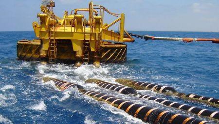 Les USA étendent la guerre technologique contre la Chine aux câbles sous-marins de fibre optique