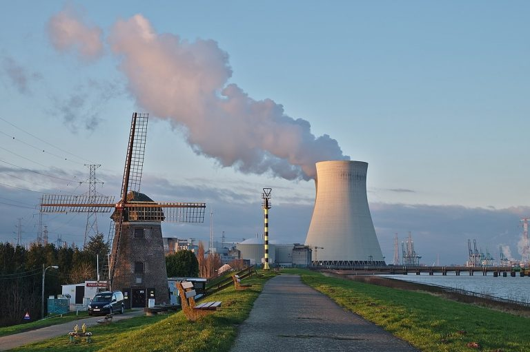 Belgique : sortie du nucléaire confirmée en 2025, Engie jette l'éponge