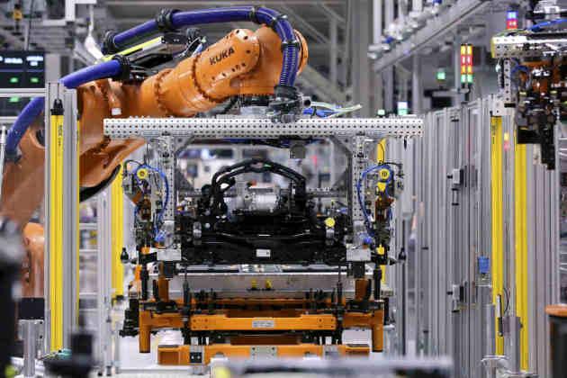 400 km d'autonomie pour 10 mn de charge : et si la batterie du futur des voitures électriques existait déjà ?
