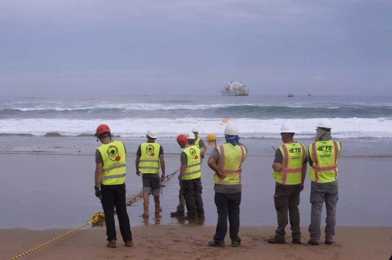 Internet : les GAFAM et la bataille des câbles sous-marins
