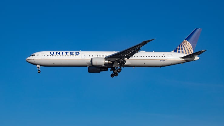 United Airlines turns to CO2 removal technology to offset emissions