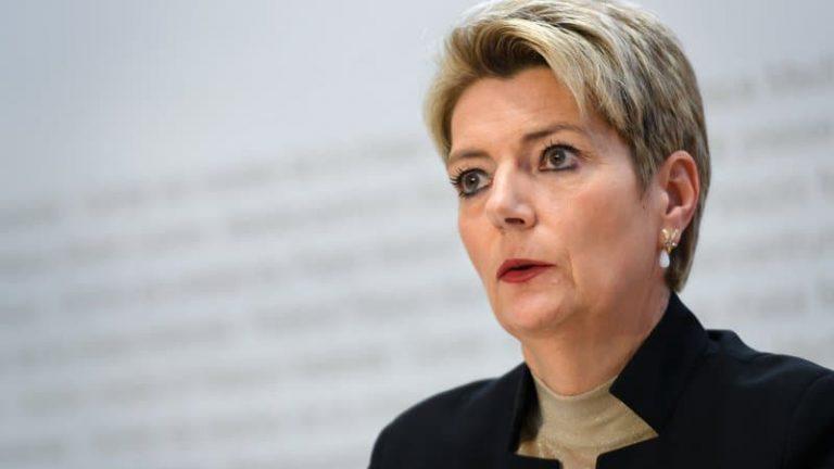Suisse: les Suissesses célèbrent les 50 ans de leur accès au droit de vote