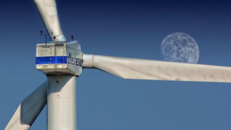 Écologie : la Corée du Sud va construire le plus grand parc éolien offshore du monde pour 36 milliards d'euros