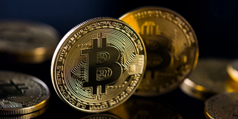 Le Bitcoin dépasse les 50 000 dollars : vers une course énergétique sans fin ?