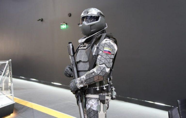 La Russie développe une armure de combat futuriste capable d'arrêter des balles de calibre .50