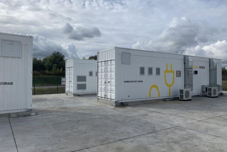 Renault annonce un système de stockage d'électricité géant