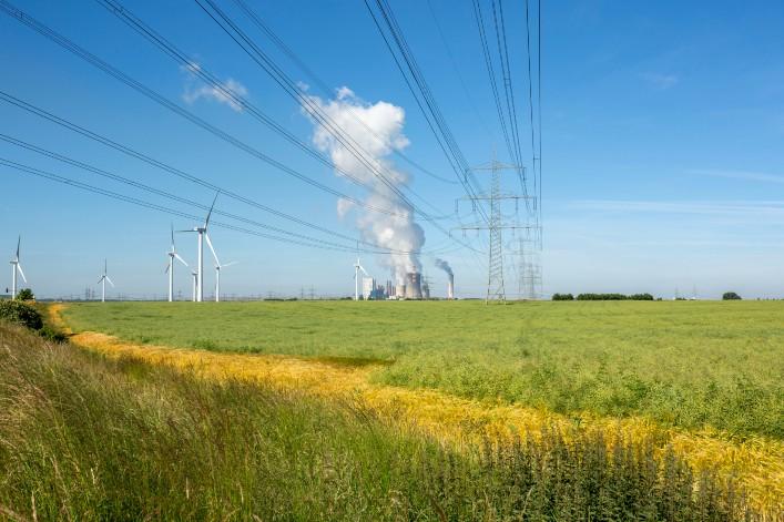 CHARBON : AXA REFUSE DÉSORMAIS D'ASSURER RWE LE PLUS GROS ÉMETTEUR DE CO2 D'EUROPE