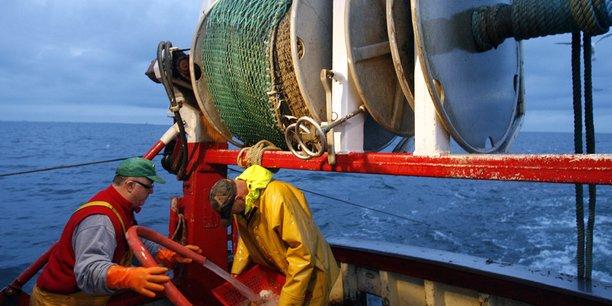 Brexit : la France menace de « mesures de rétorsion » pour garantir l'accès des pêcheurs