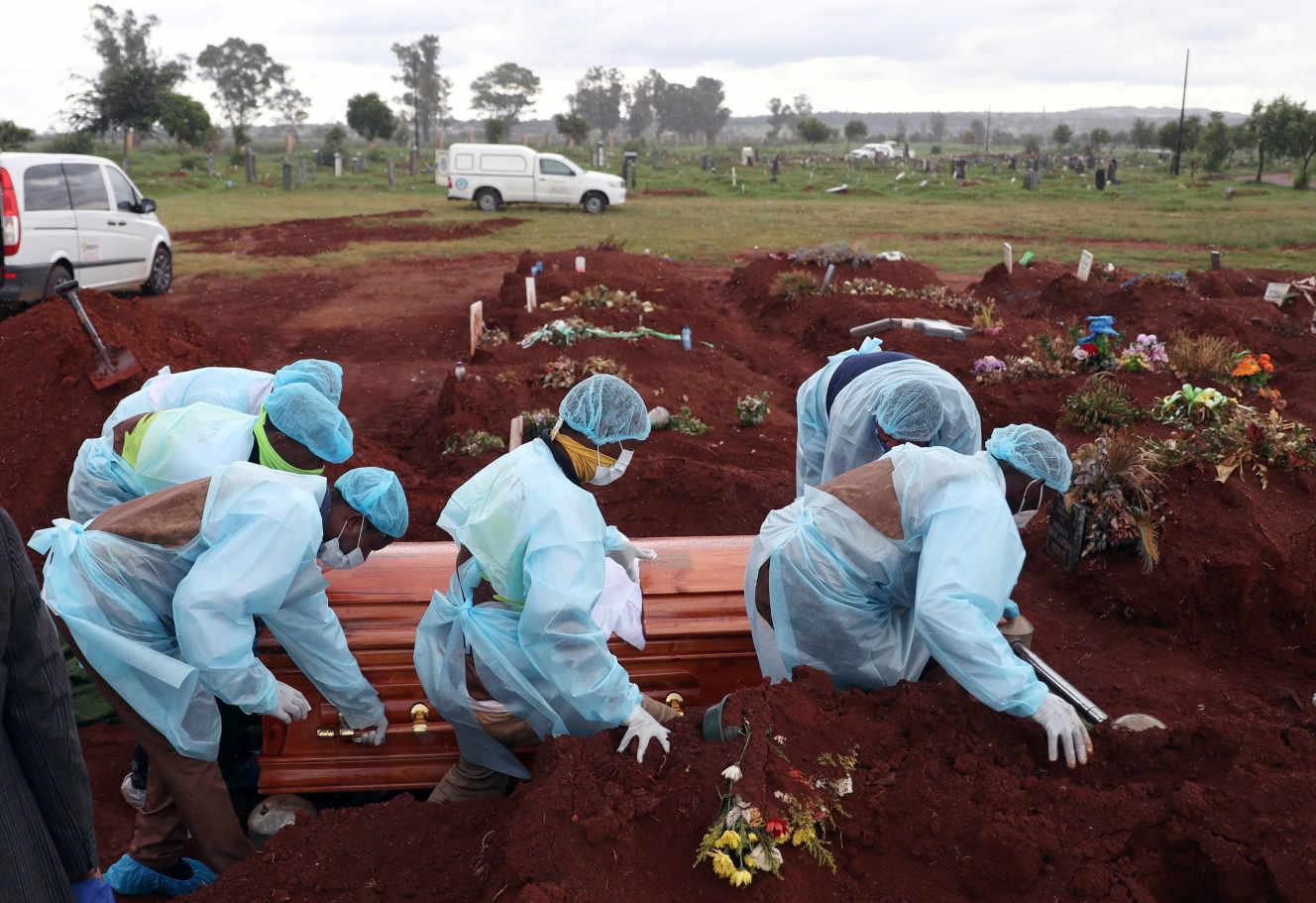 Covid-19 : en Afrique, une deuxième vague plus meurtrière qu'ailleurs