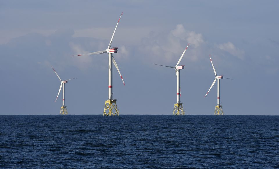 Germany to speed up wind and solar energy expansion – draft