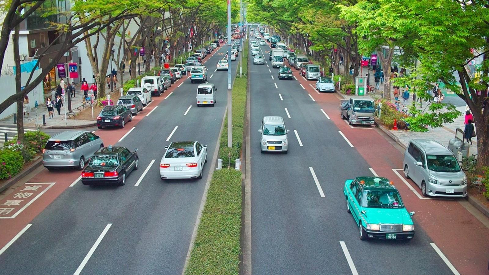 Le Japon veut mettre fin à la vente des véhicules à essence d'ici 2030