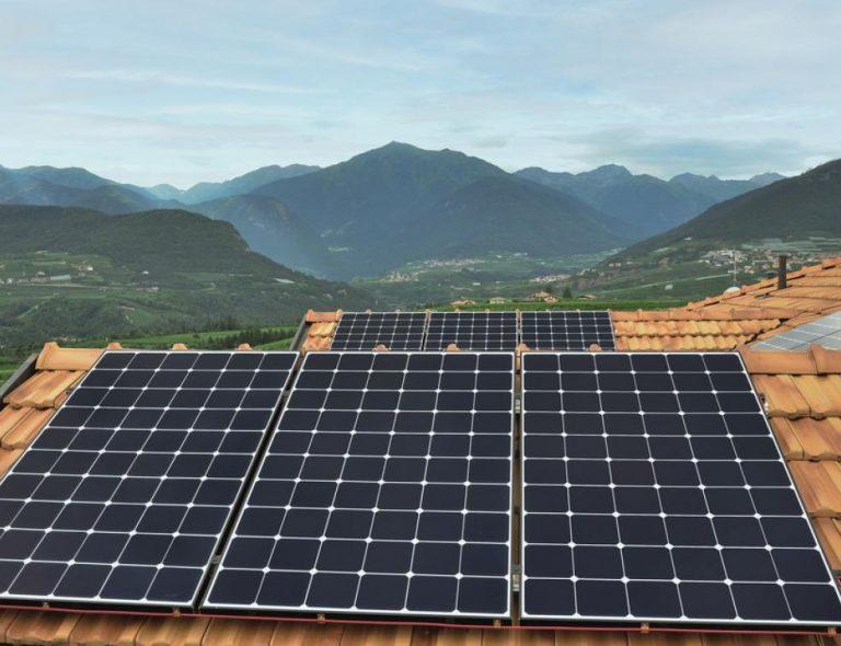 Photovoltaïque : la puissance, la durée de vie et la qualité des panneaux continuent d'augmenter