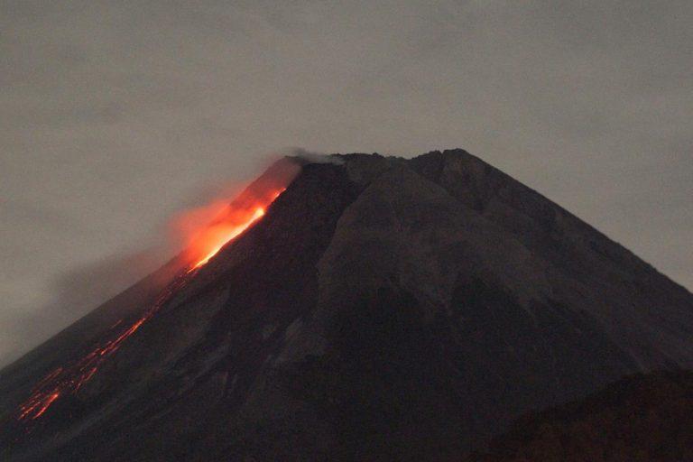 Les conséquences des fortes éruptions volcaniques accentuées par le réchauffement, selon une étude
