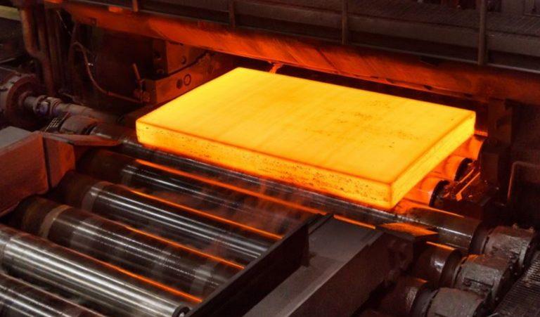 De l'acier « propre » a été produit : cette industrie ultra polluante peut-elle évoluer ?