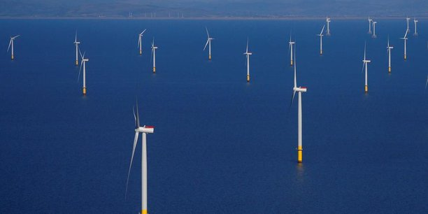 Castex annonce un plan massif en faveur du solaire et de l'éolien dont un projet au large de Barfleur